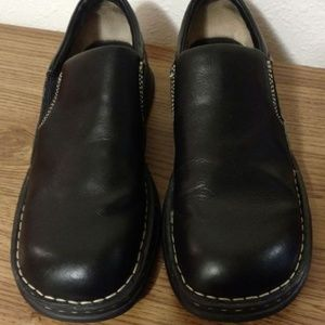 Born leather Shoes 9.5